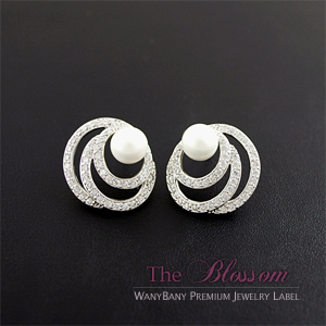Damia Pearl Earring[The Blossom]