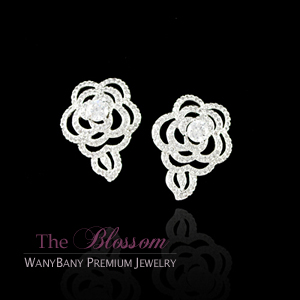 Micro Camellia Earring[The Blossom]