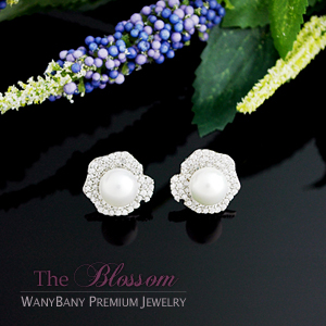 Silver Pearl Earring[The Blossom]